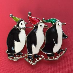 Jewelry - 3 Penguins Brooch Silver Tone Metal C Clasp